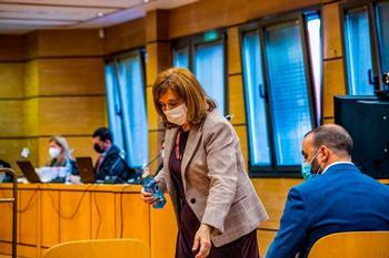 La alcaldesa instantes antes de su declaración en la primera sesión del juicio
