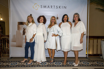 Las Smart Skin woman