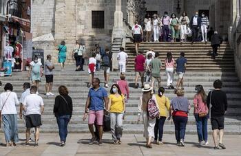 La Catedral recupera su baza turística en un verano 'normal'