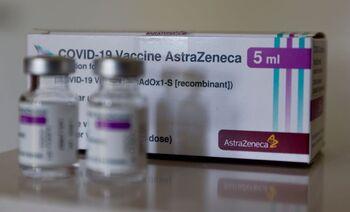 El Carlos III avala poner Pfizer tras una dosis de AstraZeneca