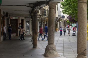 Madrigal y Candeleda, las localidades con menos renta media