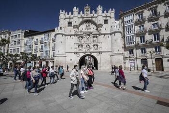Lentareactivacióndel sector de los pisos turísticos