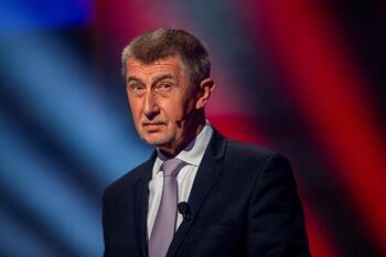 La oposición supera a Babis en las legislativas checas