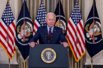 Biden no descarta que EEUU entre en suspensión de pagos