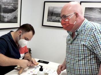 Francisco Pérez ofrece un curso teórico práctico de talla