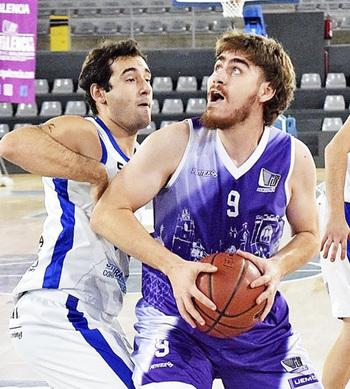El CB Palencia gana gracias a un genial último cuarto