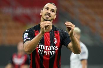 Ibrahimovic renueva con el Milan hasta 2022