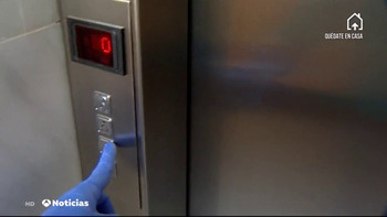 Piden 2 años por abusar de una guía turística en un ascensor