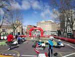 Multitud de niños participan en la Caravana de Educación Vial MAPFRE en Valladolid