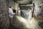 Guerra a las toallitas en las alcantarillas de Burgos
