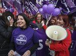 Casi 3.000 personas piden en la calle leyes para la igualdad