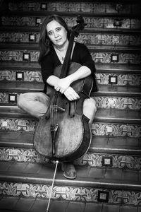 Carla Muñoz, violonchelista.