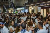 Pandorga,  pandorga,  ofrenda a la virgen, bailes regionales, reparto de la limoná y de los garbanzos a cargo del Pandorgo y de Pilar Zamora, fiesta de la pandorga en la Plaza mayor, gente celebrando la pandorga en la calle, actuación musical en la plaz