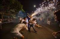 Pandorga Toros de fuego, toro de fuego en la pandorga, policia nacional y local en la pandorga