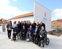 La consejera de Familia e Igualdad de Oportunidades visita el proyecto Fisiomer