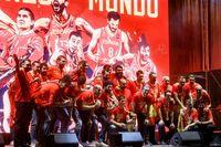 La Selección Nacional de Baloncesto celebra su triunfo con todos los aficionados en la Plaza de Colón el 16 de septiembre de 2019.