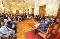 Acto institucional contra la Violencia de Género en el Ayuntamiento de Valladolid.