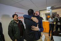 rueda de prensa en la sede de ciudadano de Pacorro o Francisco Javier candidato al congreso por ciudadanos en ciudad real, despidiendose de los medios, tras perder en las elecciones generales,