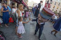 ciudadano ejemplar,inicio de la feria de ciudad real,gigantes y cabezudos,cobetazo