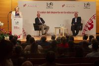 """Charla """"El valor del deporte en la educación"""", con Juan Antonio Corbalán. Un acto organizado por Diario de Ávila y Fundación Ávila."""