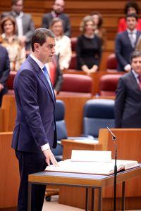 Ángel Ibáñez toma posesión como presidente de las Cortes de Castilla y León