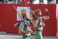 Desfile militar por la festividad del 12 de octubre en Madrid