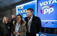 Sandra Moneo y Javier Lacalle, cabezas de lista del PP al Congreso y al Senado, respectivamente. Tras ellos, Cristina Ayala y Jaime Mateu.