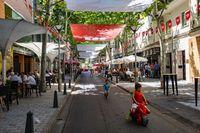 feria de agosto de ciudad real Mahouñaeos, gente el las terrazas de verano bebiendo