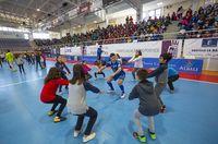 en el pabellón virgen de la cabeza entrenamiento valdepeñas futbol sala con escolares