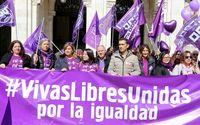 Concentración convocada por UGT y CCOO con motivo del Día Internacional de la Mujer