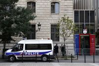 Man killed after attacking police with knife in Paris