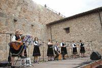 """Actuación del grupo folklórico """"Ecos de la Moraña"""""""