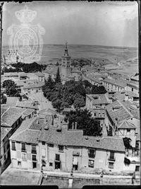 Iglesia y Plaza de San Andrés desde la torre de la Catedral.