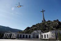 Exhumación de los restos de Franco del Valle de los CaÁdos