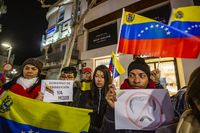 Concentración de venezolanos en ciudad real en apoyo a Juan Guaidó presidente interino, protesta de los venezolanos en ciudad real contra Maduro
