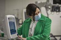 Ayuso inaugura el Hospital de Pandemi...