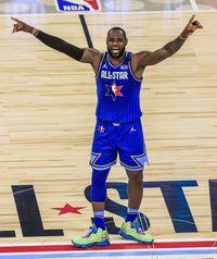 Davis da el triunfo al equipo LeBron ...