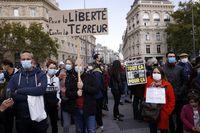 Francia desafía al terrorismo: