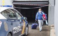 Seis vehículos afectados y veinte familias desalojadas tras el incendio en la avenida de Francia