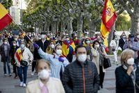 Ruido y banderas de España
