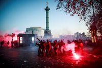 París clama contra la polémica ley de...