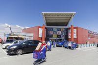 Reabre el centro comercial Luz de Castilla