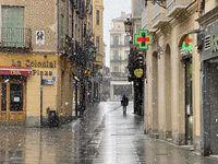 Nieve en calles con poca actividad