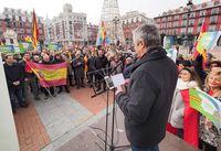 Concentración, convocada por la Plataforma 'España Existe', para mostrar su desacuerdo con los pactos para la formación del nuevo Gobierno