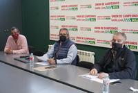 UCCL exige que cobren la PAC los que pagan la SS agraria