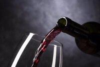 Estafan a una bodega navarra más de 42.000 euros en vino