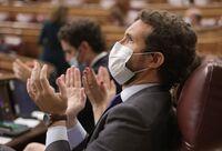 Casado pide a Sánchez que dimita y someta los indultos a votación
