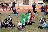 Protestas en Italia ante la obligator...