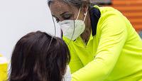 Citan a vacunar el fin de semana a una 'repesca' de docentes