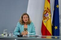 Calviño pide a la patronal unidad cuando se revise el SMI